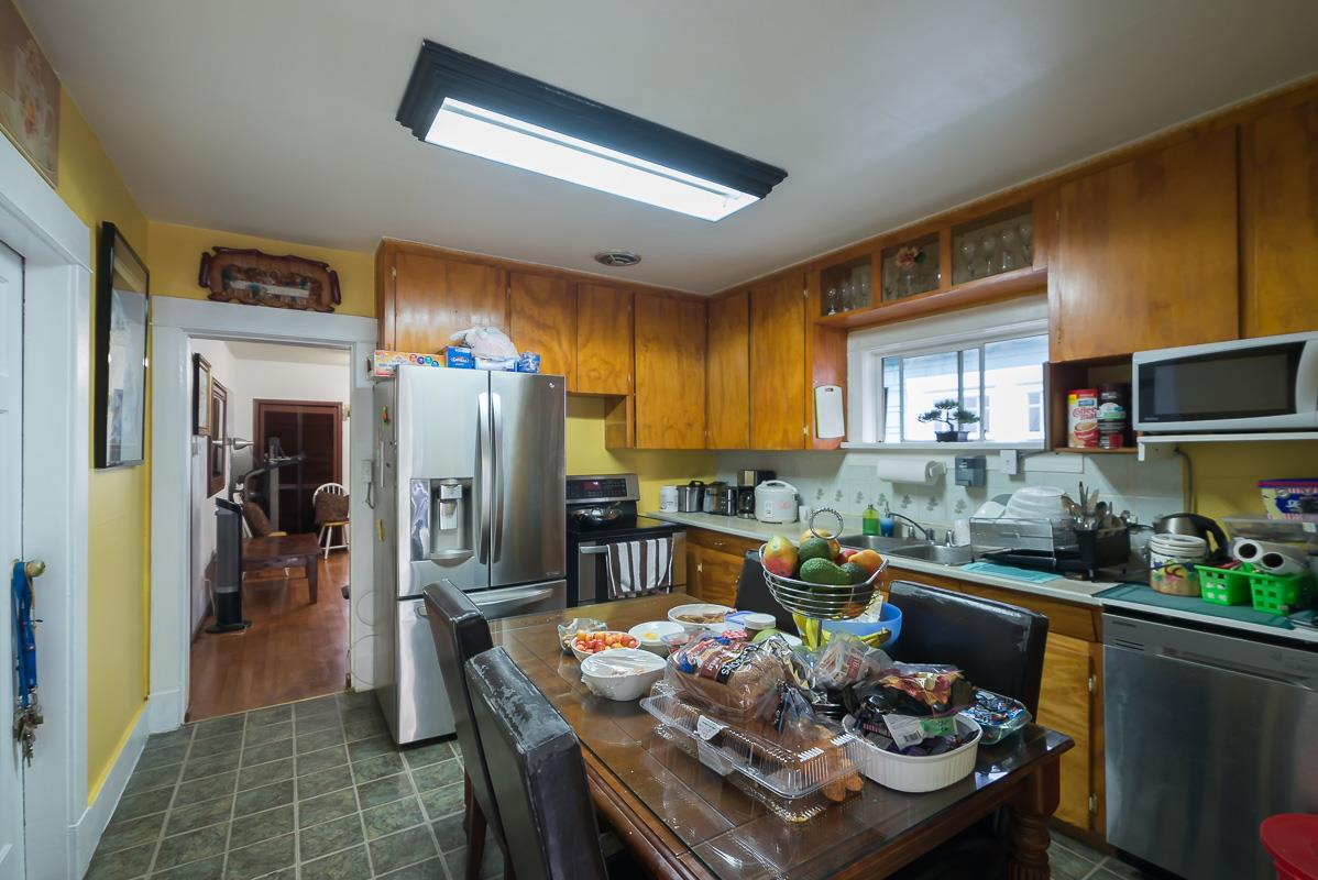 Detached at 3867 INVERNESS STREET, Vancouver East, British Columbia. Image 3