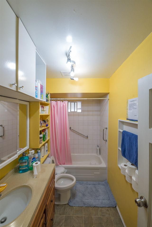Detached at 3867 INVERNESS STREET, Vancouver East, British Columbia. Image 5