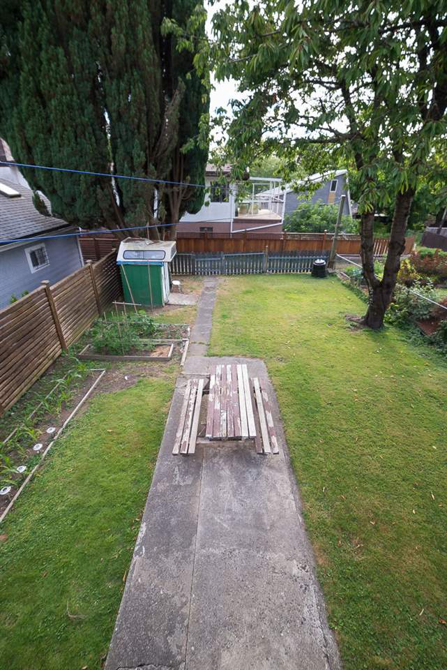 Detached at 3867 INVERNESS STREET, Vancouver East, British Columbia. Image 13