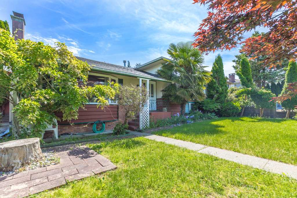 Detached at 6062 EMPRESS AVENUE, Burnaby South, British Columbia. Image 1