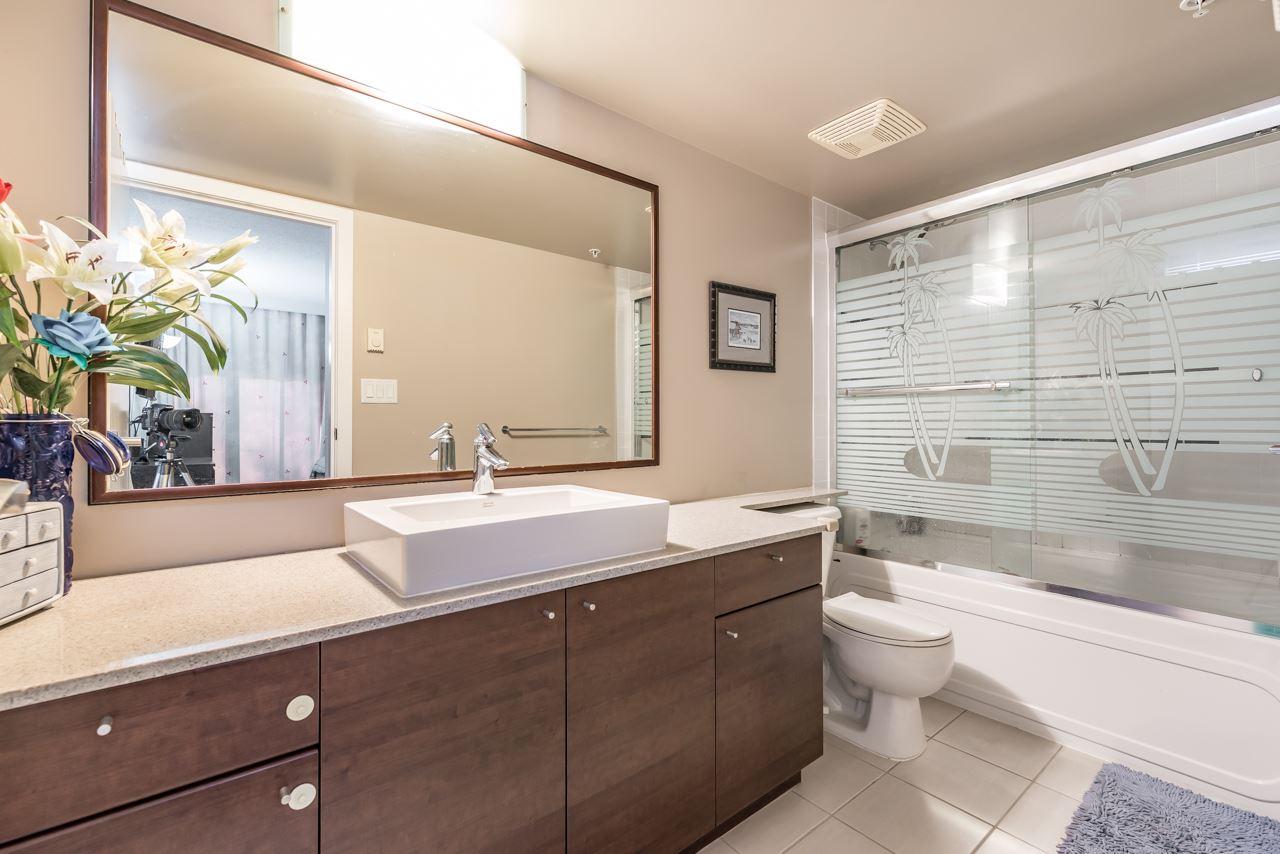 Condo Apartment at 302 4118 DAWSON STREET, Unit 302, Burnaby North, British Columbia. Image 7