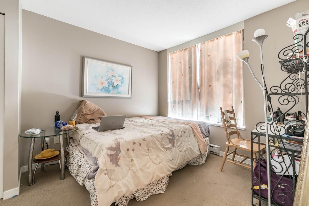 Condo Apartment at 302 4118 DAWSON STREET, Unit 302, Burnaby North, British Columbia. Image 8