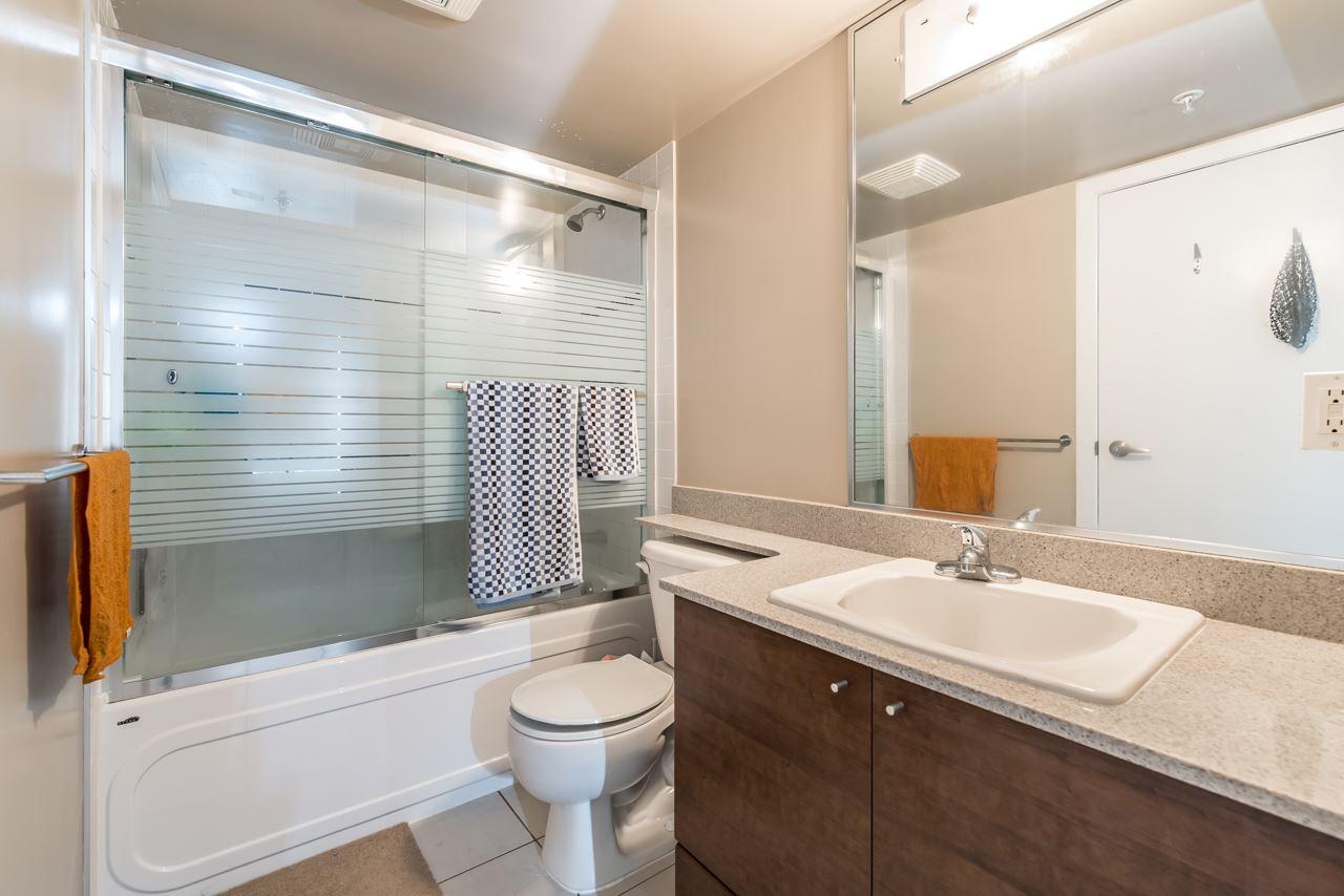 Condo Apartment at 302 4118 DAWSON STREET, Unit 302, Burnaby North, British Columbia. Image 9