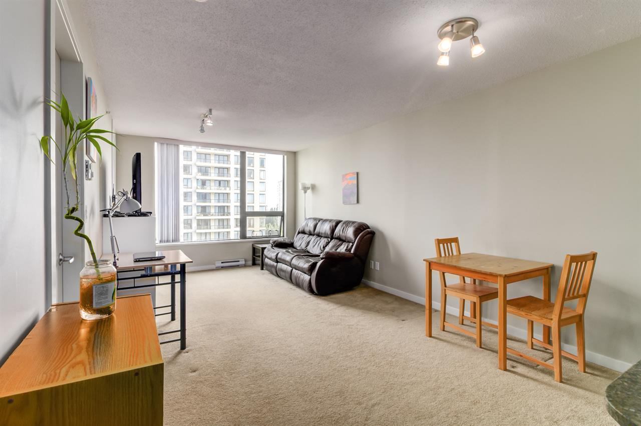 Condo Apartment at 1108 7108 COLLIER STREET, Unit 1108, Burnaby South, British Columbia. Image 3