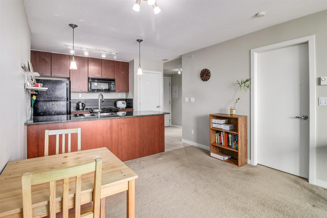 Condo Apartment at 1108 7108 COLLIER STREET, Unit 1108, Burnaby South, British Columbia. Image 7
