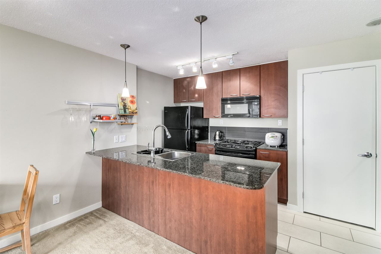 Condo Apartment at 1108 7108 COLLIER STREET, Unit 1108, Burnaby South, British Columbia. Image 8