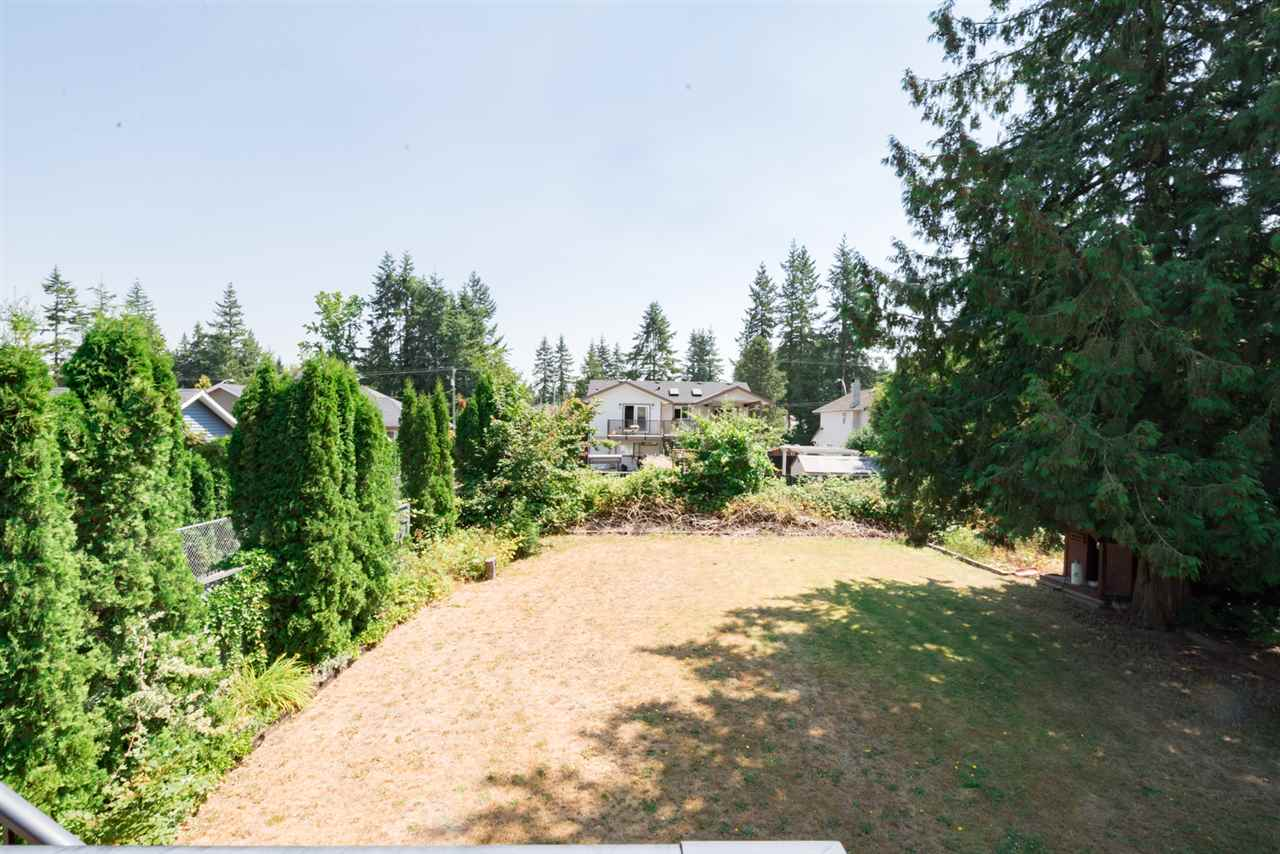 Detached at 4490 207A STREET, Langley, British Columbia. Image 20