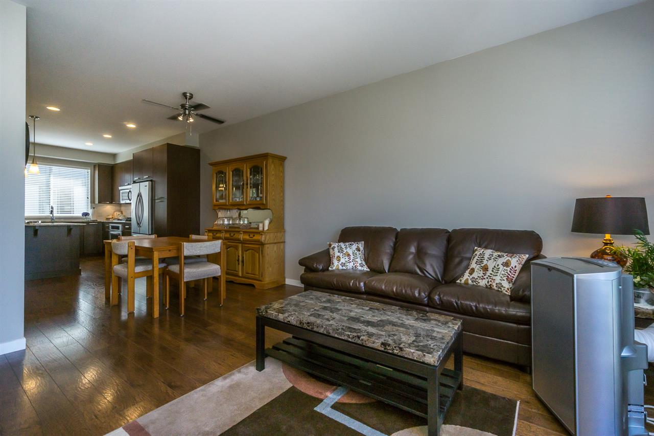 Townhouse at 89 34248 KING ROAD, Unit 89, Abbotsford, British Columbia. Image 7
