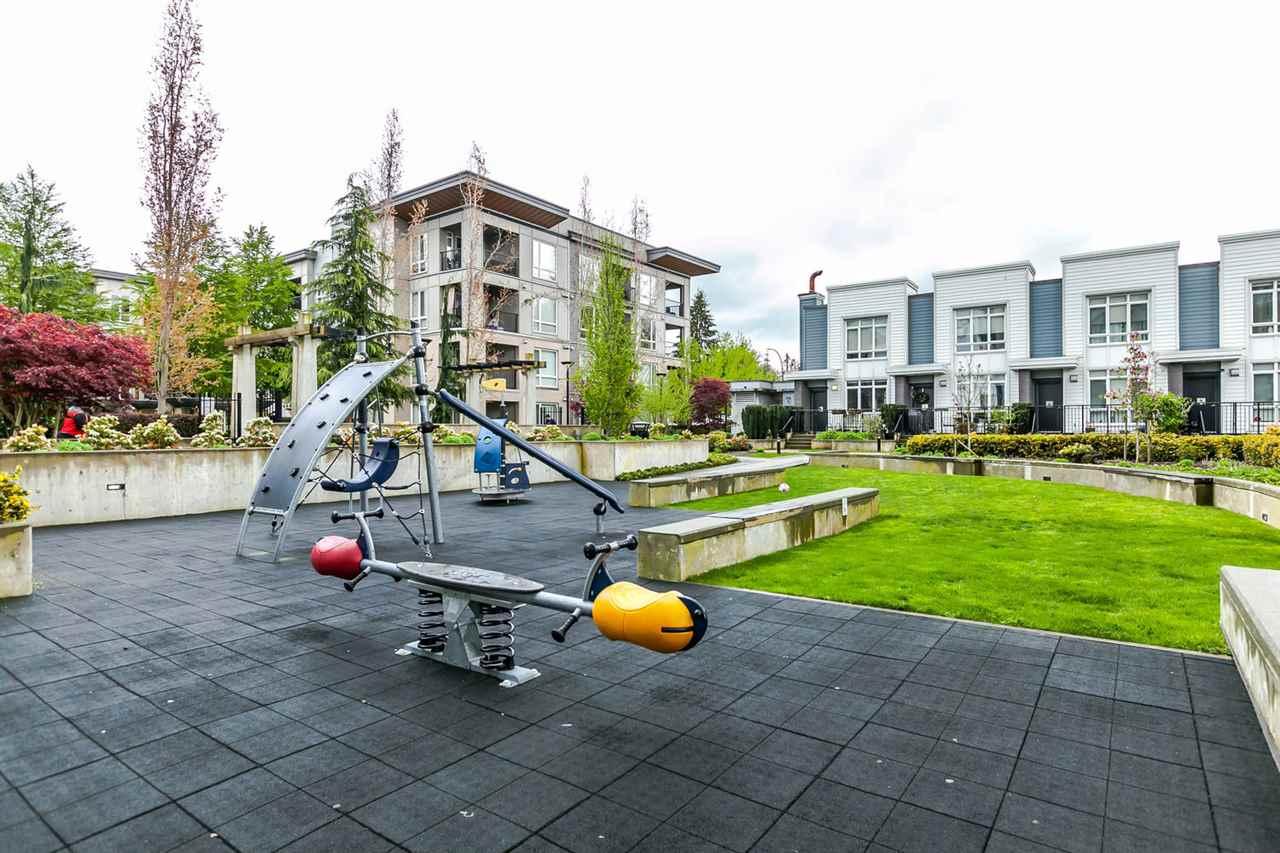Condo Apartment at 2615 13325 102A AVENUE, Unit 2615, North Surrey, British Columbia. Image 2