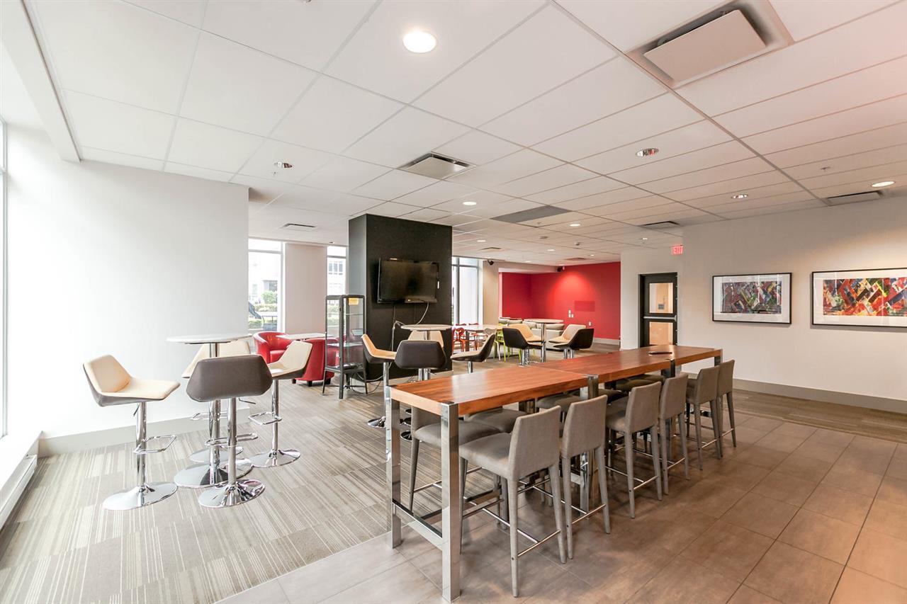 Condo Apartment at 2615 13325 102A AVENUE, Unit 2615, North Surrey, British Columbia. Image 3