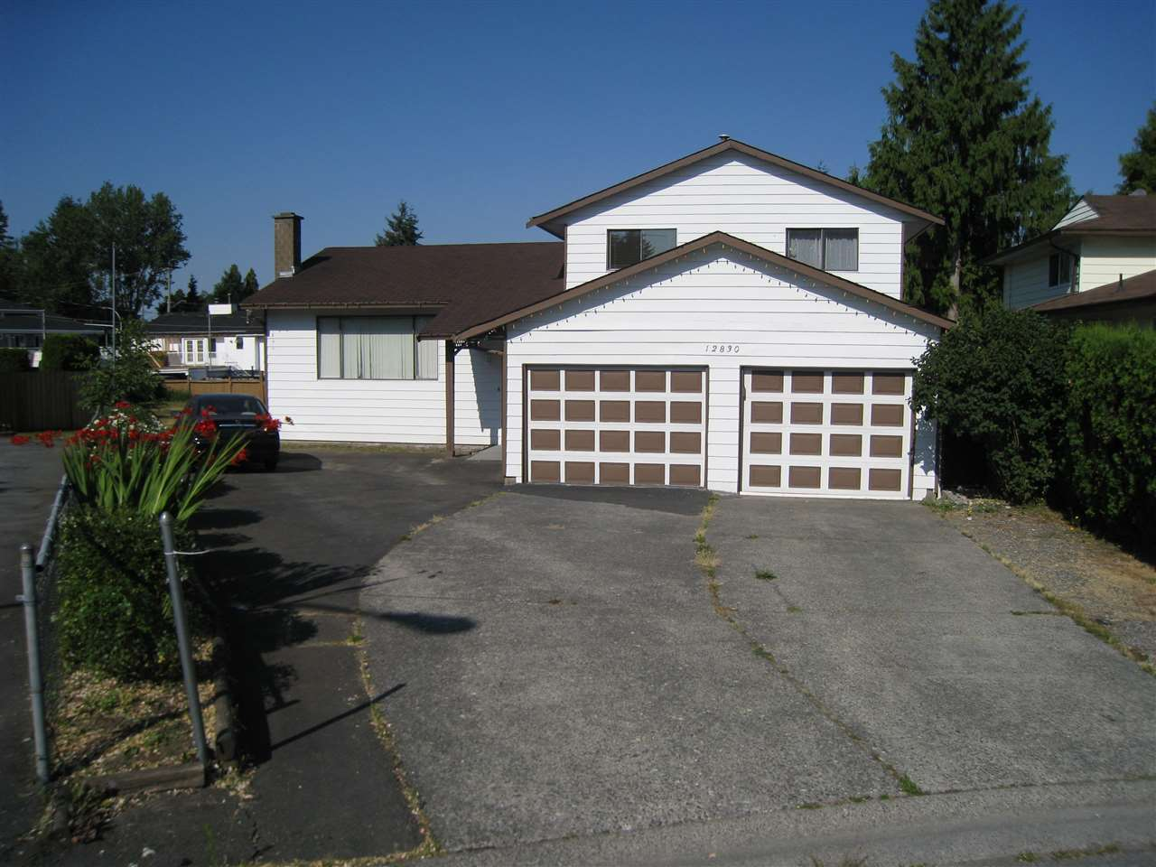 Detached at 12830 104A AVENUE, North Surrey, British Columbia. Image 1