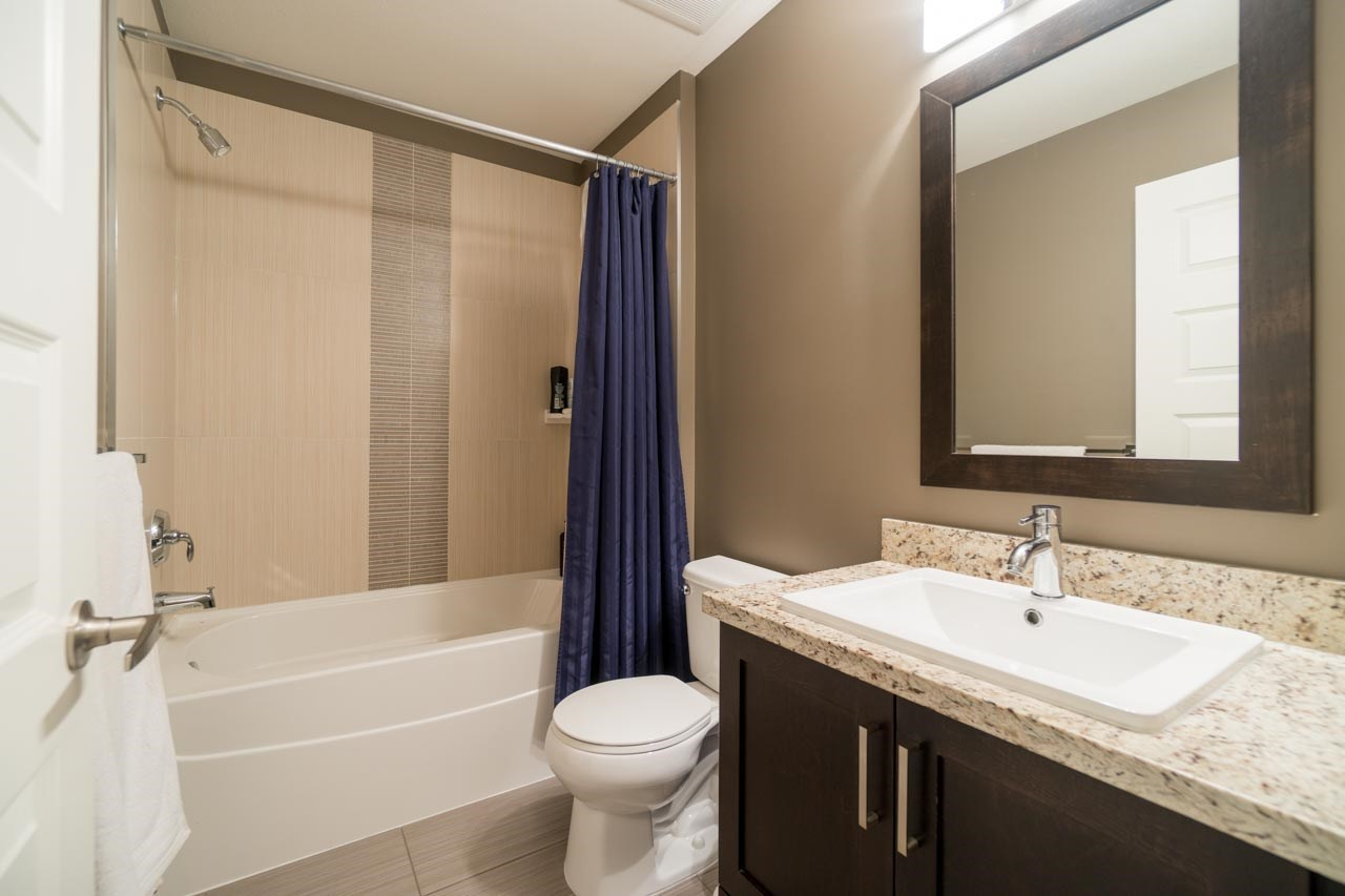 Townhouse at 80 19525 73 AVENUE, Unit 80, Cloverdale, British Columbia. Image 17