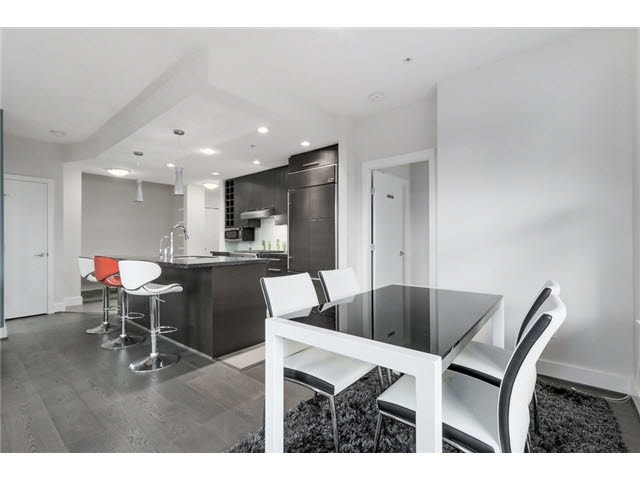 Condo Apartment at 105 3478 WESBROOK MALL, Unit 105, Vancouver West, British Columbia. Image 4
