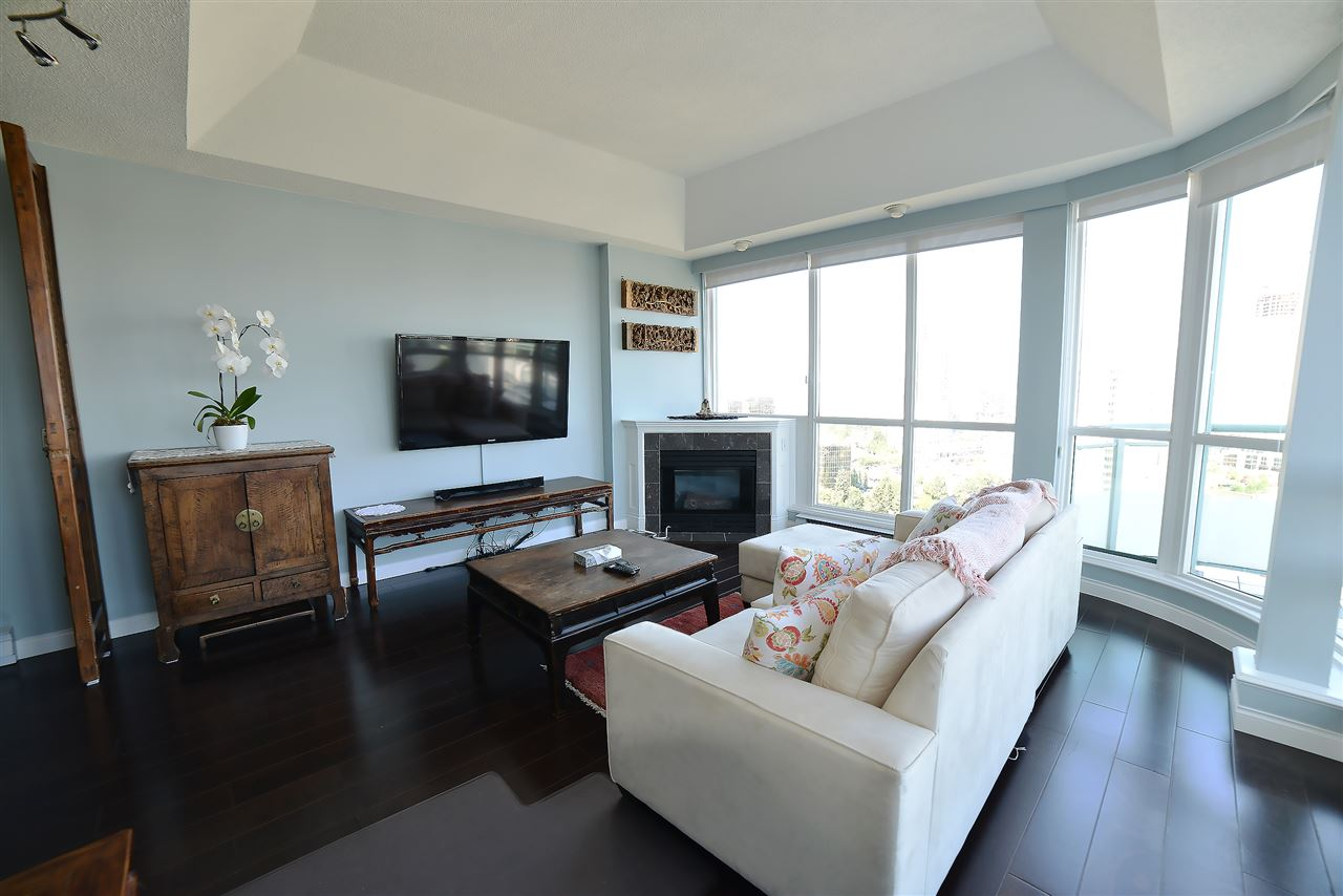 Condo Apartment at 27D 6128 PATTERSON AVENUE, Unit 27D, Burnaby South, British Columbia. Image 5