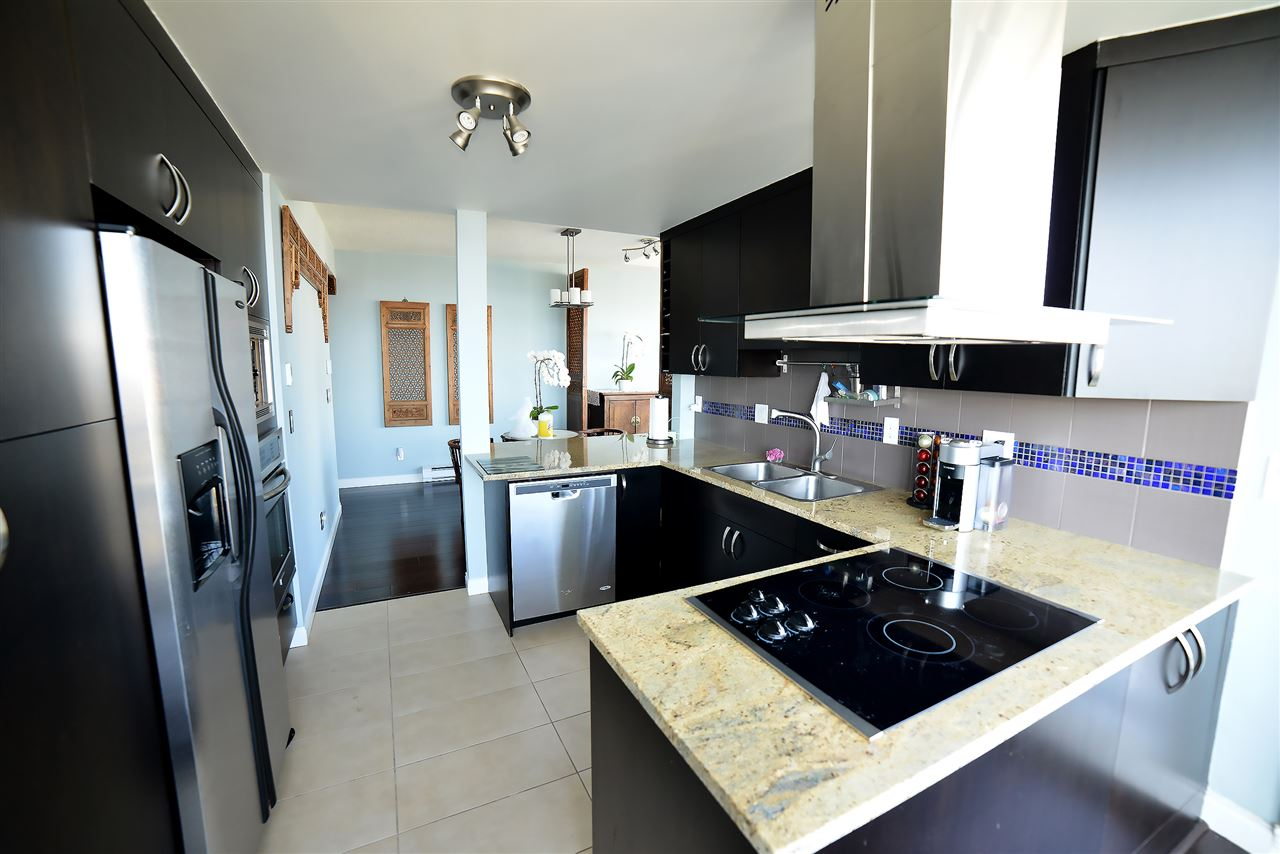 Condo Apartment at 27D 6128 PATTERSON AVENUE, Unit 27D, Burnaby South, British Columbia. Image 11