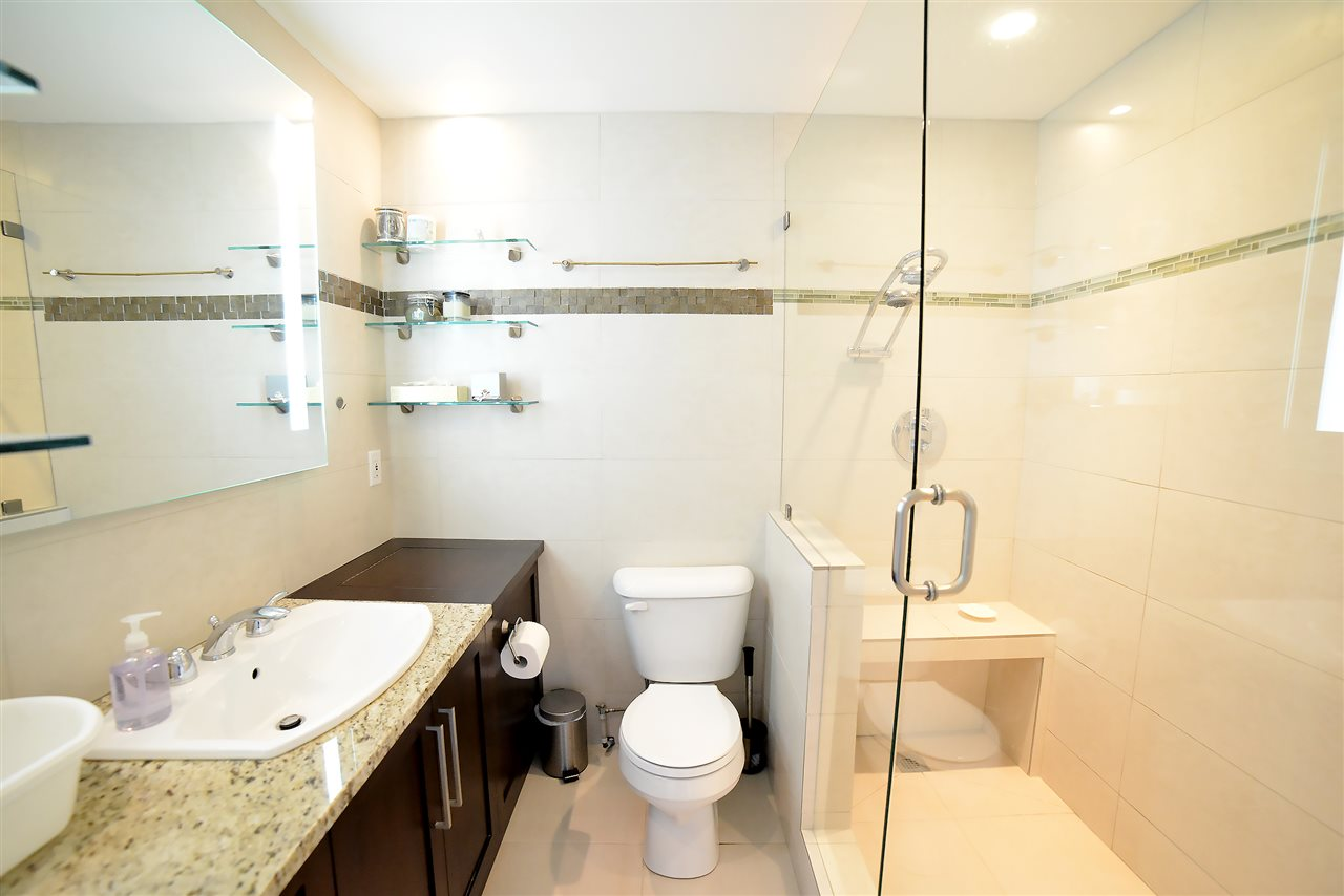 Condo Apartment at 27D 6128 PATTERSON AVENUE, Unit 27D, Burnaby South, British Columbia. Image 14