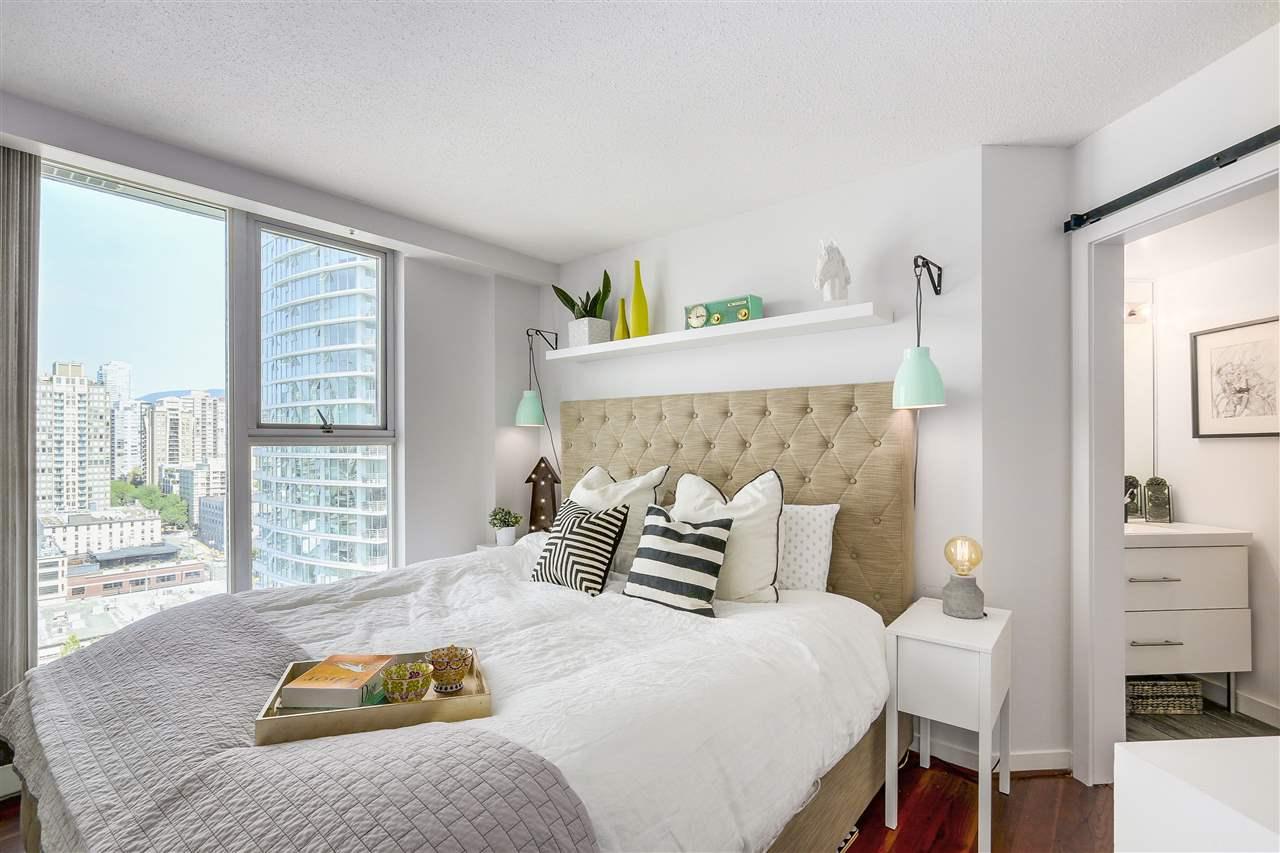 Condo Apartment at 2203 1009 EXPO BOULEVARD, Unit 2203, Vancouver West, British Columbia. Image 7