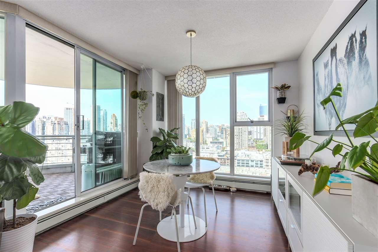 Condo Apartment at 2203 1009 EXPO BOULEVARD, Unit 2203, Vancouver West, British Columbia. Image 15
