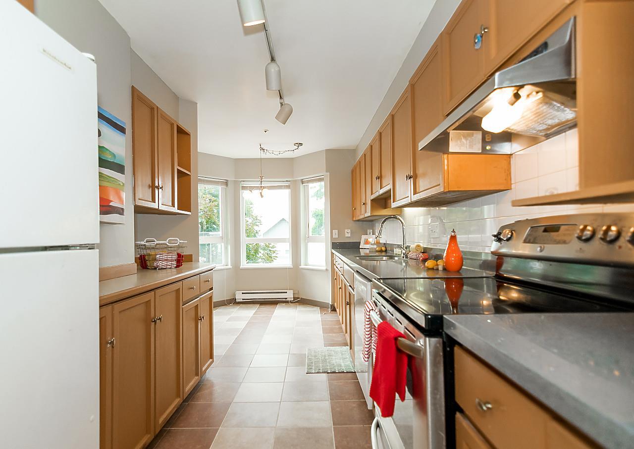 Condo Apartment at 105 2250 SE MARINE DRIVE, Unit 105, Vancouver East, British Columbia. Image 4