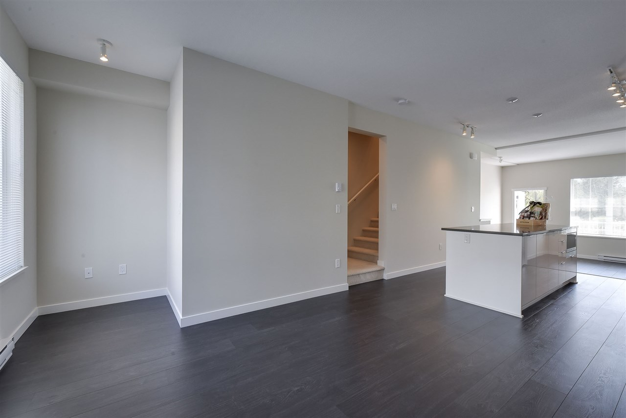 Townhouse at 60 5550 ADMIRAL WAY, Unit 60, Ladner, British Columbia. Image 9