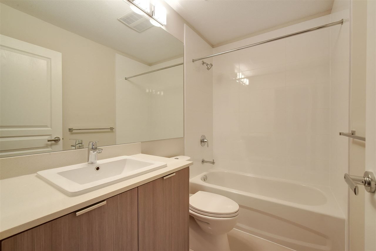 Townhouse at 60 5550 ADMIRAL WAY, Unit 60, Ladner, British Columbia. Image 13