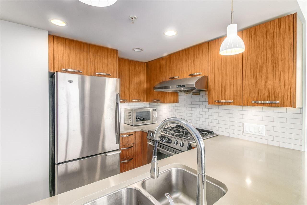 Condo Apartment at 709 6888 COONEY ROAD, Unit 709, Richmond, British Columbia. Image 2