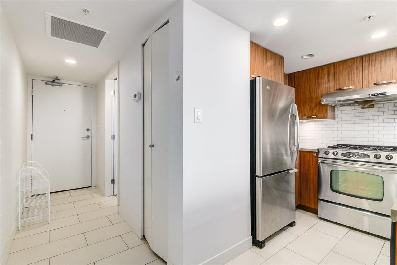 Condo Apartment at 709 6888 COONEY ROAD, Unit 709, Richmond, British Columbia. Image 8