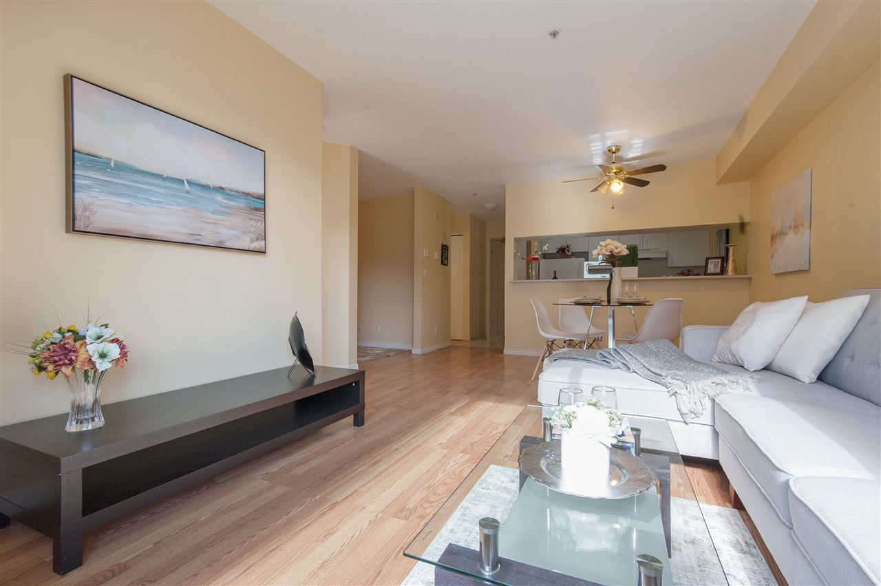 Condo Apartment at 202 10533 UNIVERSITY DRIVE, Unit 202, North Surrey, British Columbia. Image 2