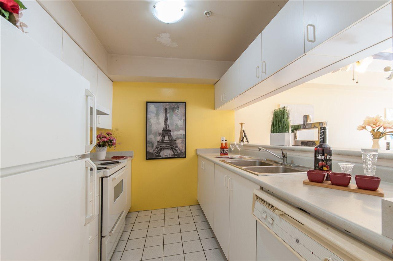 Condo Apartment at 202 10533 UNIVERSITY DRIVE, Unit 202, North Surrey, British Columbia. Image 6