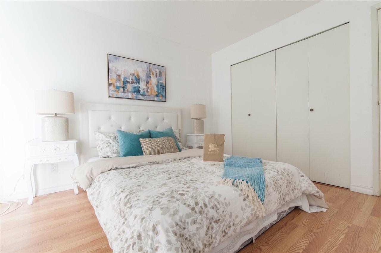 Condo Apartment at 202 10533 UNIVERSITY DRIVE, Unit 202, North Surrey, British Columbia. Image 9