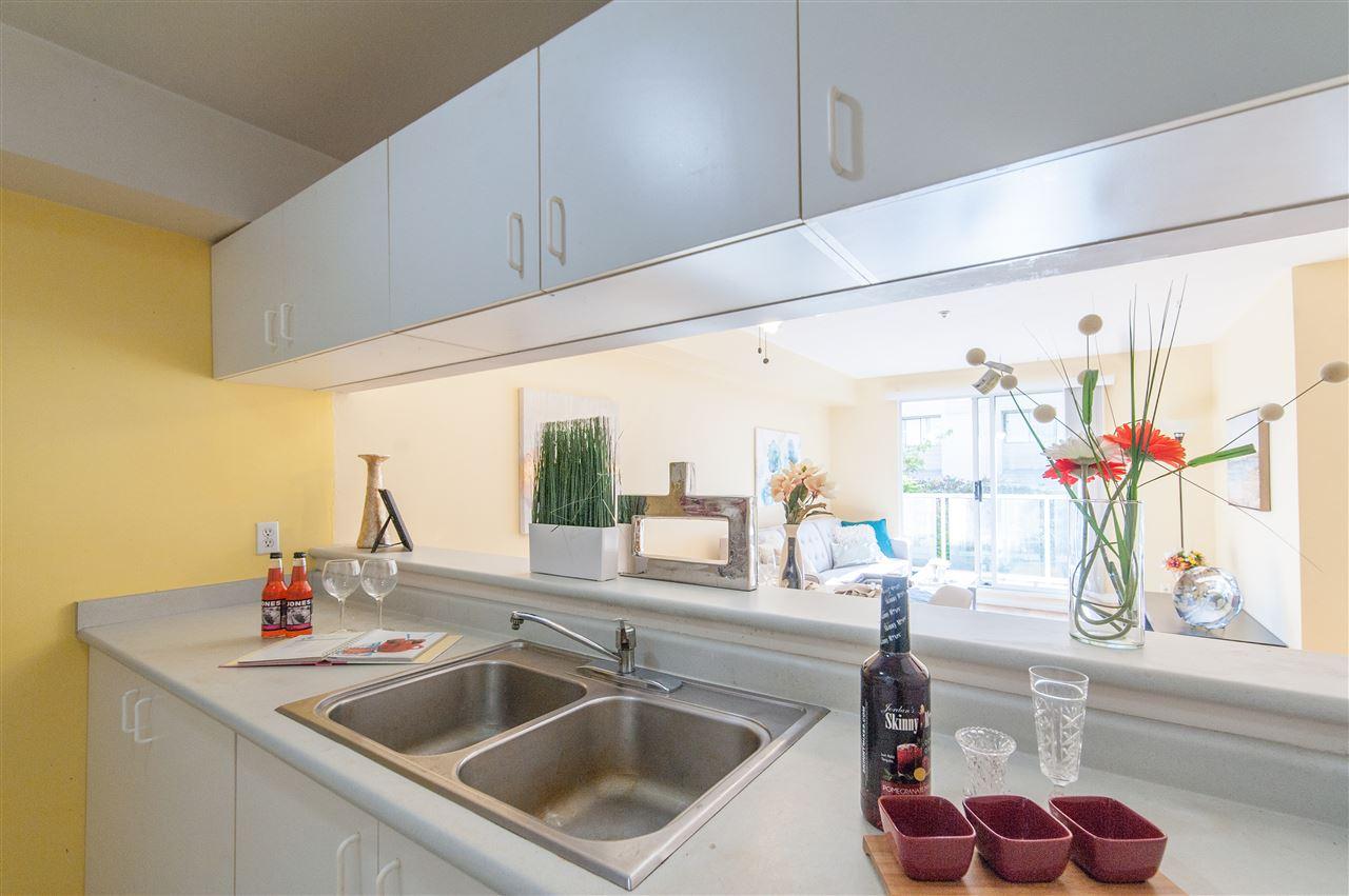 Condo Apartment at 202 10533 UNIVERSITY DRIVE, Unit 202, North Surrey, British Columbia. Image 11