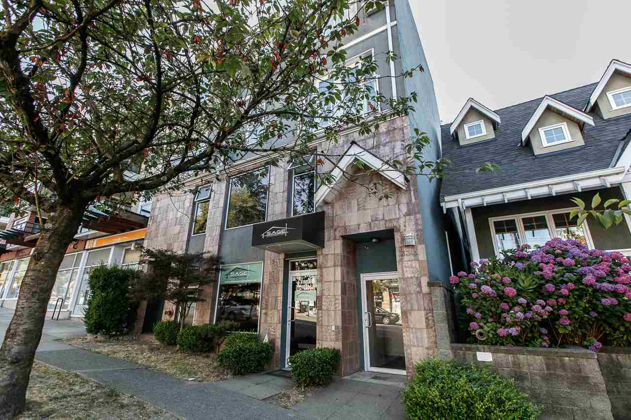 Townhouse at 104 3349 DUNBAR STREET, Unit 104, Vancouver West, British Columbia. Image 4
