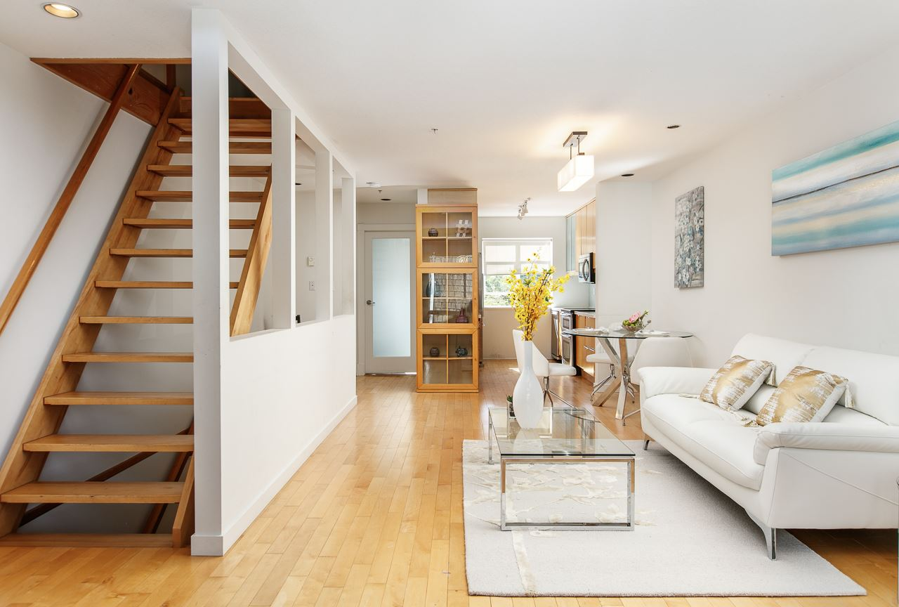 Townhouse at 104 3349 DUNBAR STREET, Unit 104, Vancouver West, British Columbia. Image 7