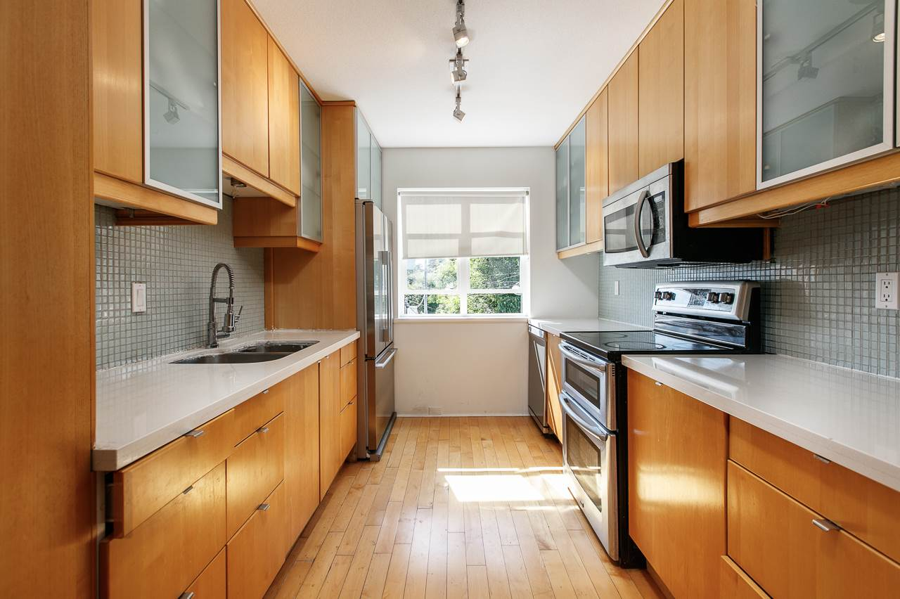 Townhouse at 104 3349 DUNBAR STREET, Unit 104, Vancouver West, British Columbia. Image 8