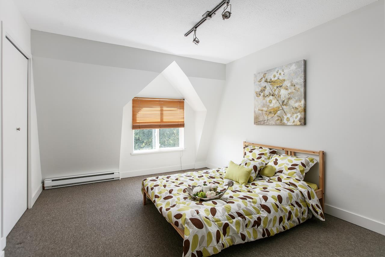 Townhouse at 104 3349 DUNBAR STREET, Unit 104, Vancouver West, British Columbia. Image 13