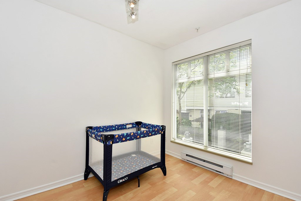 Townhouse at 303 3727 W 10TH AVENUE, Unit 303, Vancouver West, British Columbia. Image 10