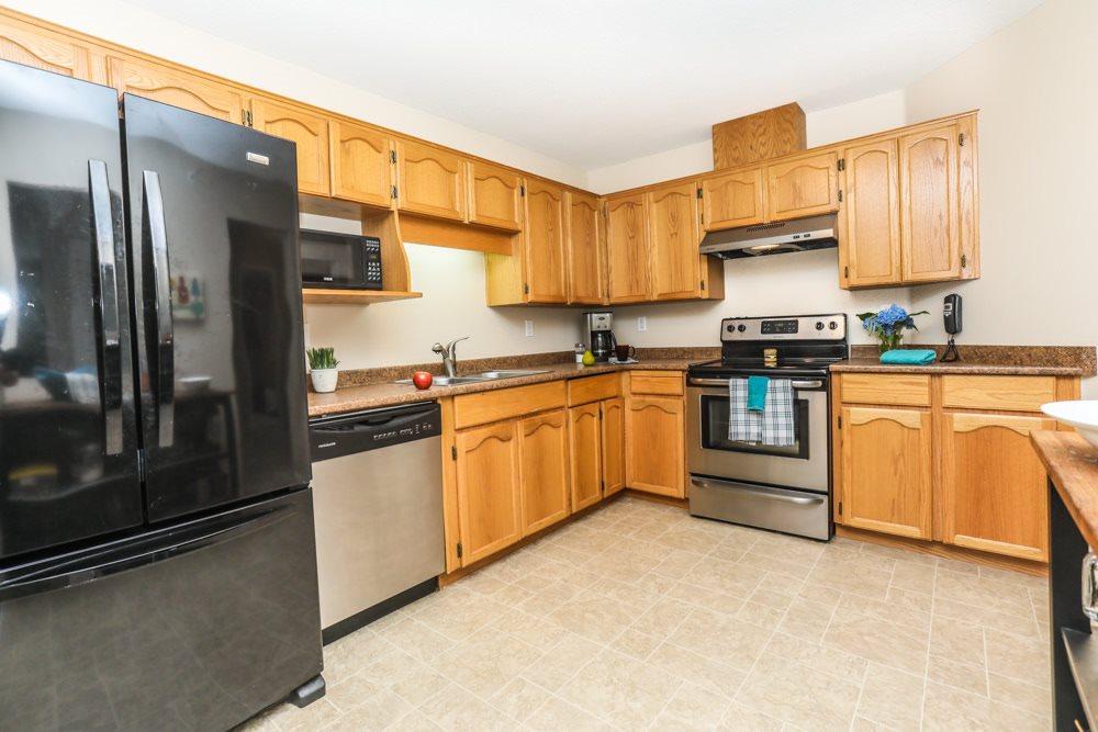 Condo Apartment at 317 19236 FORD ROAD, Unit 317, Pitt Meadows, British Columbia. Image 6