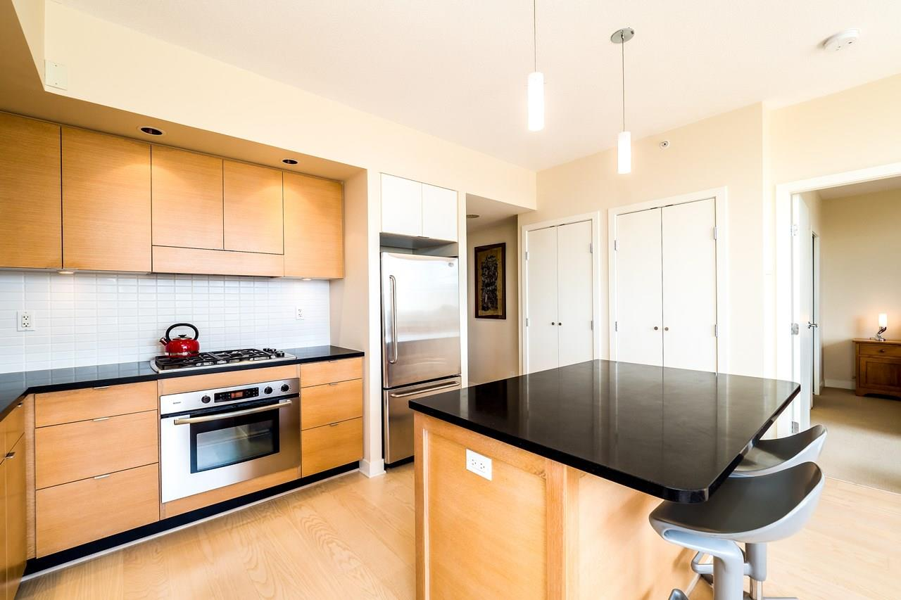 Condo Apartment at 2102 1055 HOMER STREET, Unit 2102, Vancouver West, British Columbia. Image 8