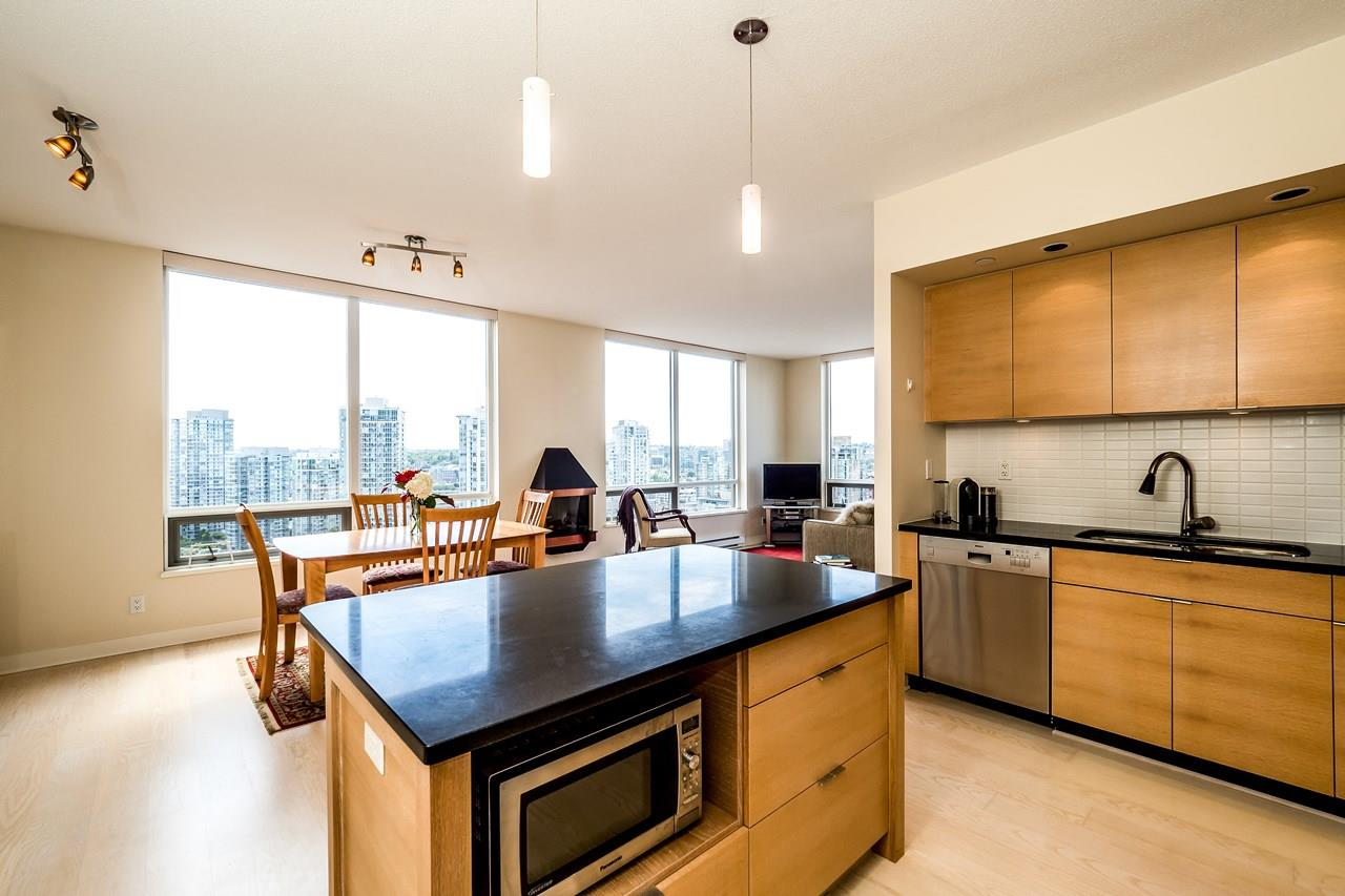 Condo Apartment at 2102 1055 HOMER STREET, Unit 2102, Vancouver West, British Columbia. Image 9