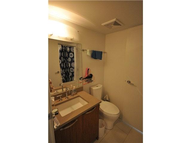 Condo Apartment at 901 6888 COONEY ROAD, Unit 901, Richmond, British Columbia. Image 5
