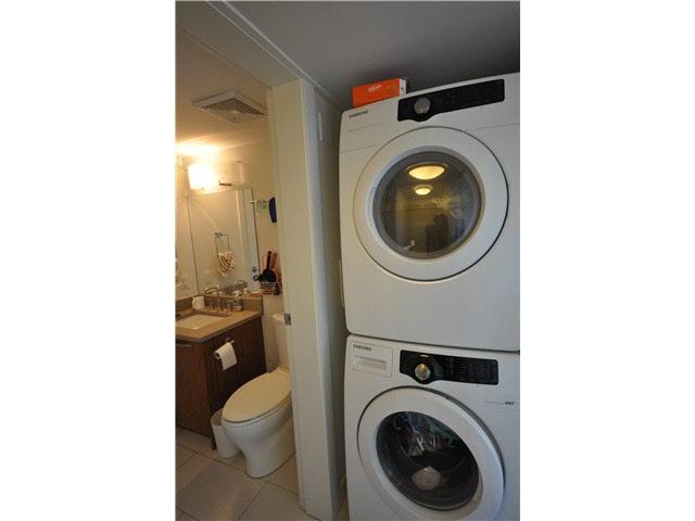 Condo Apartment at 901 6888 COONEY ROAD, Unit 901, Richmond, British Columbia. Image 6