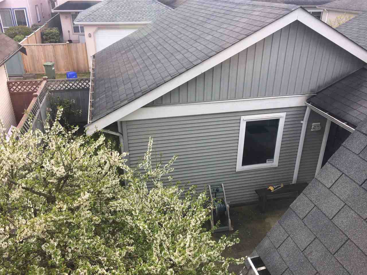 Detached at 10828 SHEPHERD DRIVE, Richmond, British Columbia. Image 19