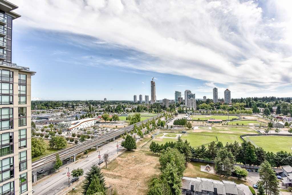 Condo Apartment at 1906 13380 108 AVENUE, Unit 1906, North Surrey, British Columbia. Image 17