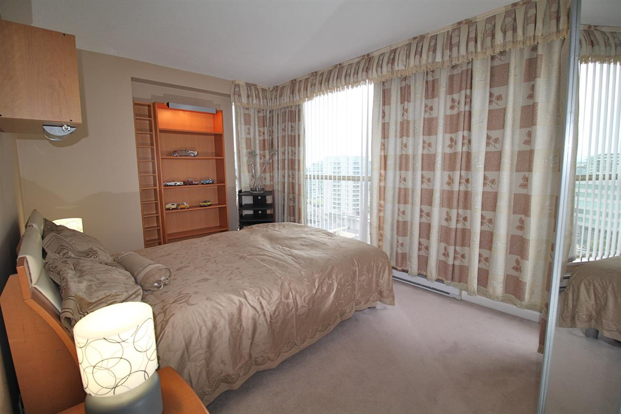 Condo Apartment at 1503 6191 BUSWELL STREET, Unit 1503, Richmond, British Columbia. Image 11