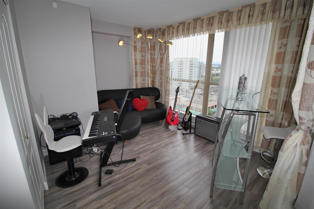 Condo Apartment at 1503 6191 BUSWELL STREET, Unit 1503, Richmond, British Columbia. Image 17