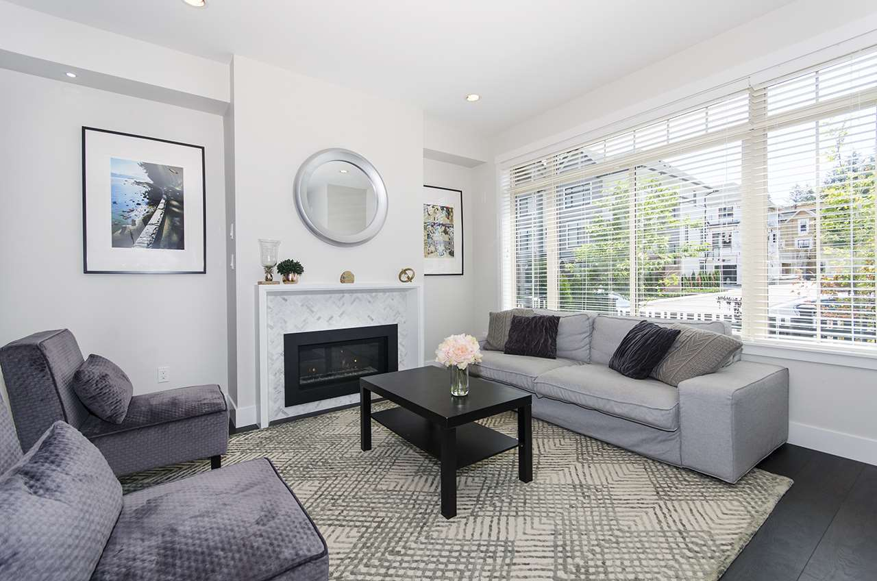 Townhouse at 16507 24A STREET, South Surrey White Rock, British Columbia. Image 2