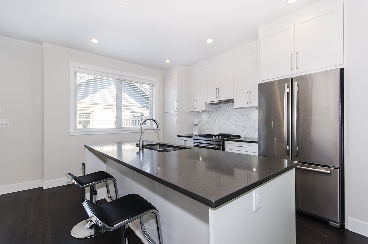 Townhouse at 16507 24A STREET, South Surrey White Rock, British Columbia. Image 4