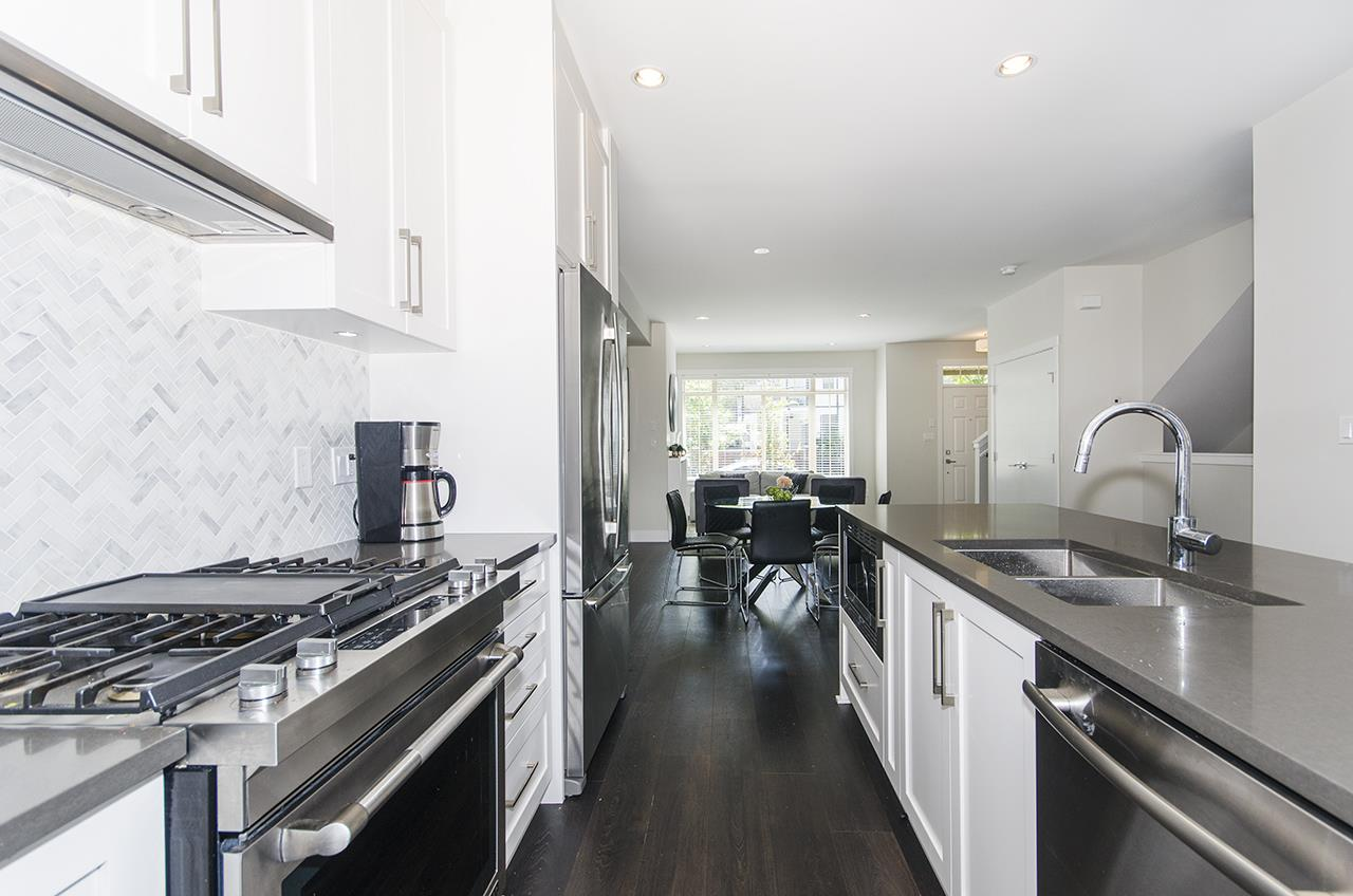 Townhouse at 16507 24A STREET, South Surrey White Rock, British Columbia. Image 6