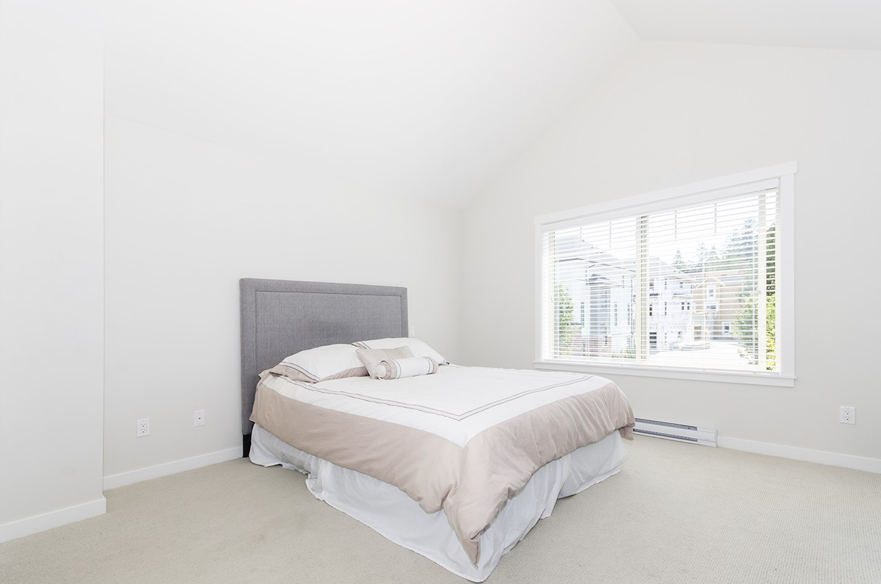 Townhouse at 16507 24A STREET, South Surrey White Rock, British Columbia. Image 8