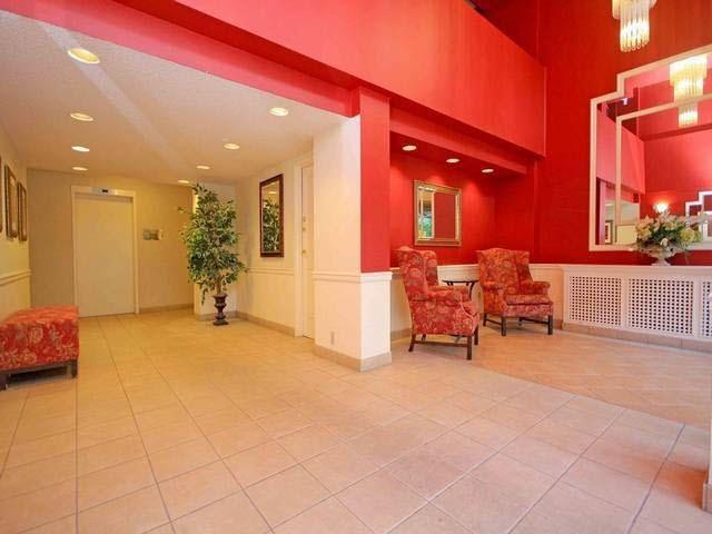 Condo Apartment at 1301 2004 FULLERTON AVENUE, Unit 1301, North Vancouver, British Columbia. Image 2
